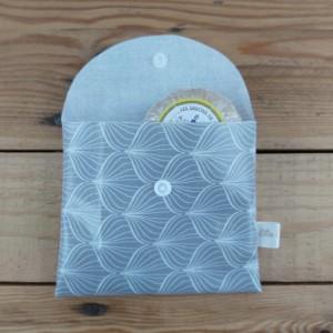 pochette à savon imperméable création artisanale zéro déchet en france