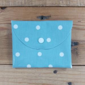 pochette à savon imperméable en tissu enduit, création zéro déchet réalisée dans la Baie du Mont St Michel